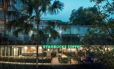 Starbucks coffee one fullerton singapore - Starbucks S 100th Store In Singapore Now Serves Starbucks