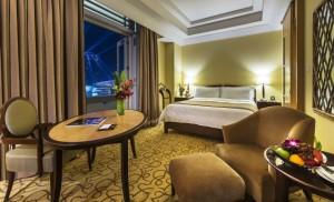 Premier Quay Room - The Fullerton Hotel Singapore