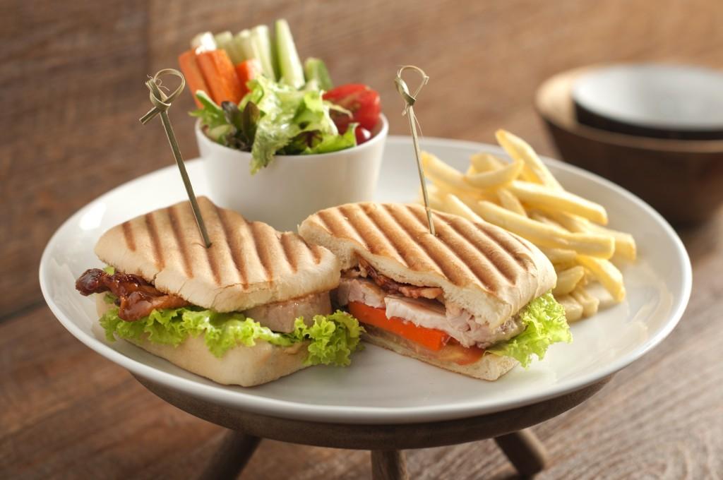Maxwell's Sandwich