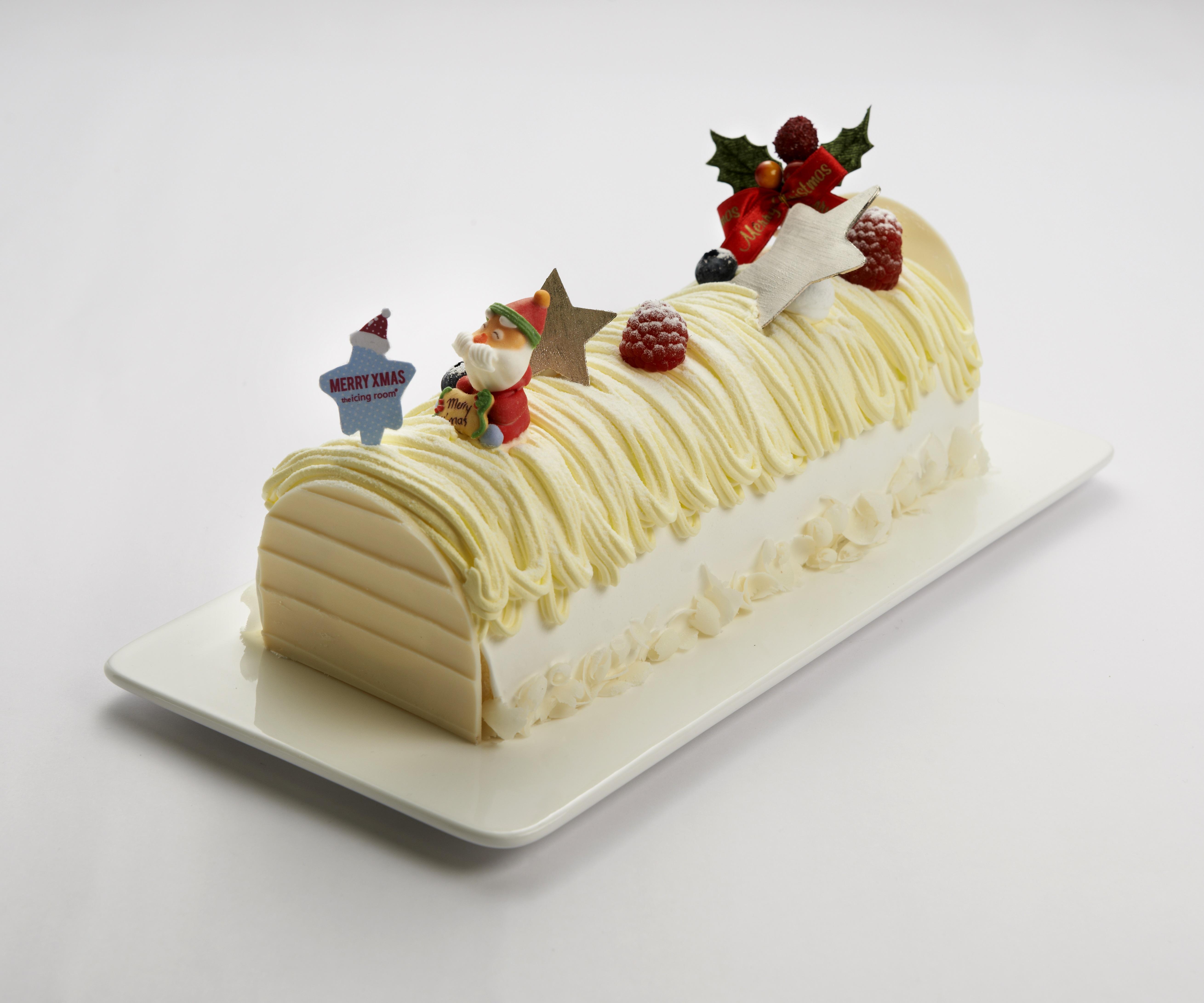 Berry White Cake