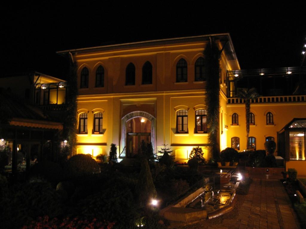 Four_Seasons_Sultanahmet_March_2008b