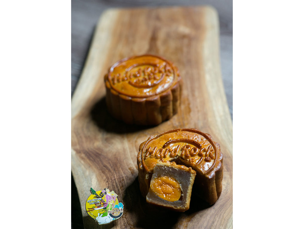 Mooncakes and Pin